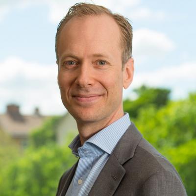 Johan Emthén på EFFSO hjälper dig att hitta nya medarbetare till din inköpsorganisation